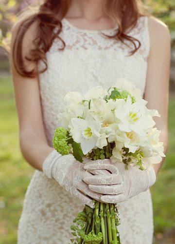 保暖與裝飾兼備的新娘手套