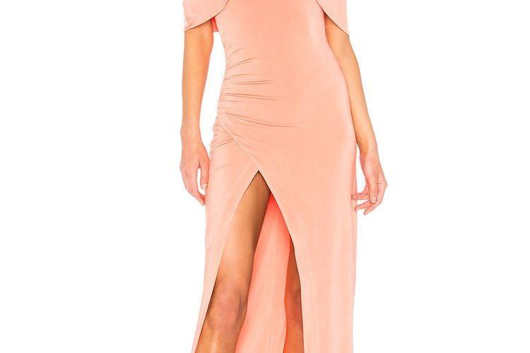 超治癒的「淡山茱萸粉色」!少女粉色婚禮、約會造型穿搭