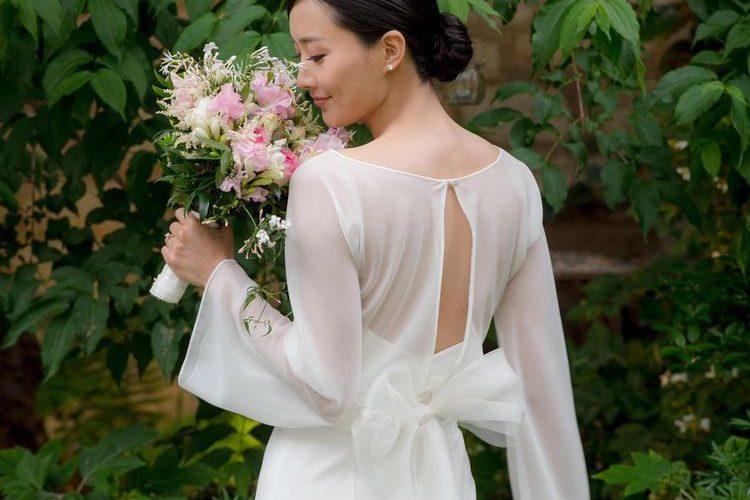 【2020新娘髮型潮流】著名新娘化妝師解構簡約馬尾及優雅髮髻造型